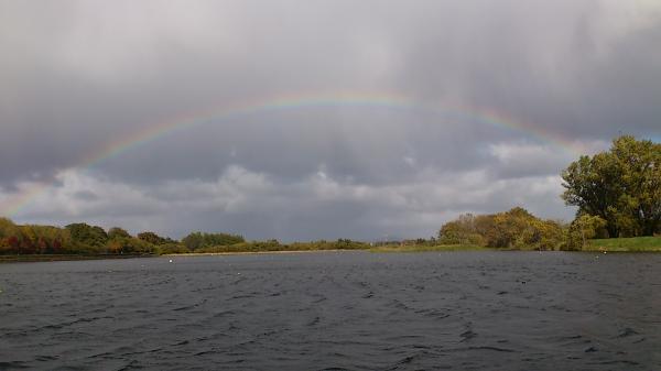 10.27虹と白波