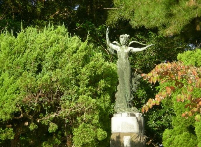 2014-9-28殉難学徒の像