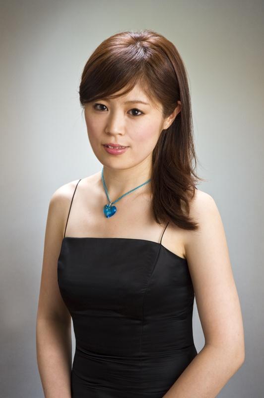 Minako_Yahiro_02ss.jpg