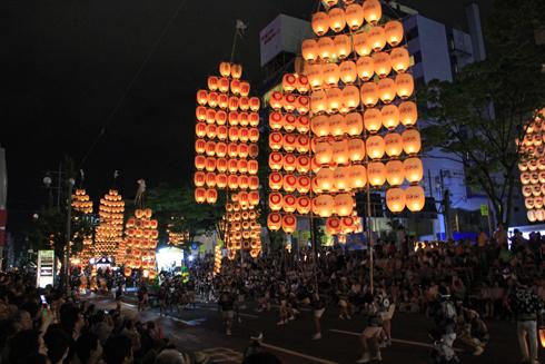 秋田竿灯祭り2013-11