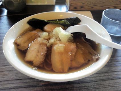 長野県東御市『梅の家総本店 醤油三刀麺』