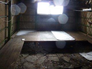 s06避難小屋2