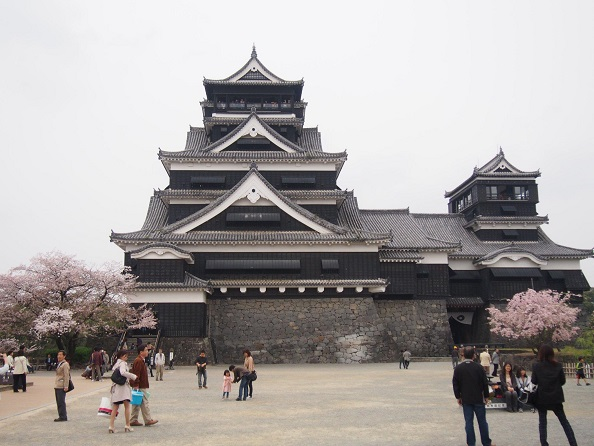 Kuma castle2