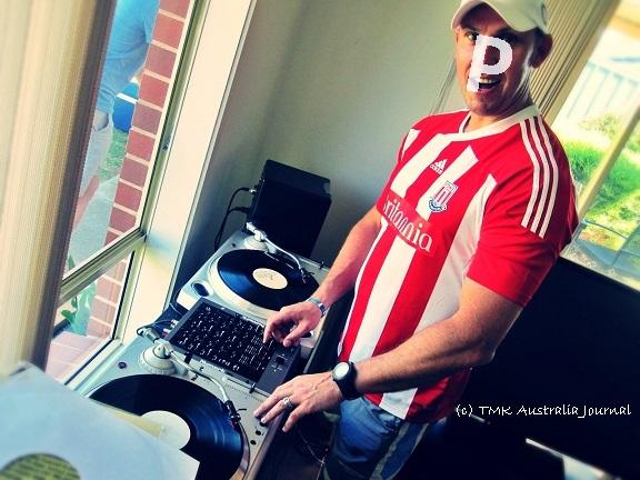Potao DJing1