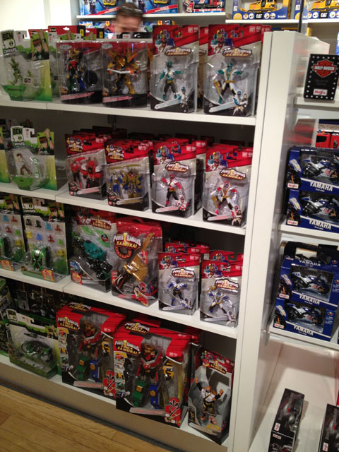 paris_toyshop_05.jpg