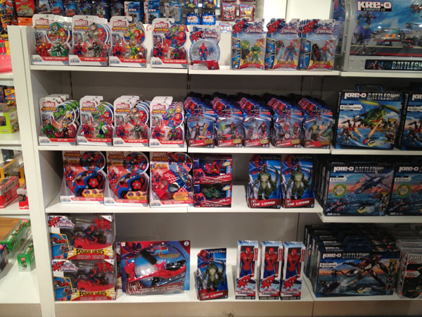 paris_toyshop_06.jpg