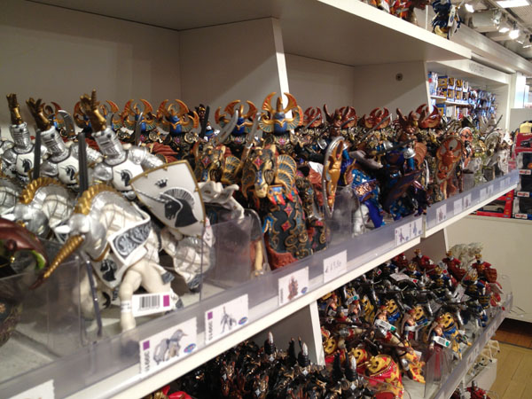 paris_toyshop_12.jpg