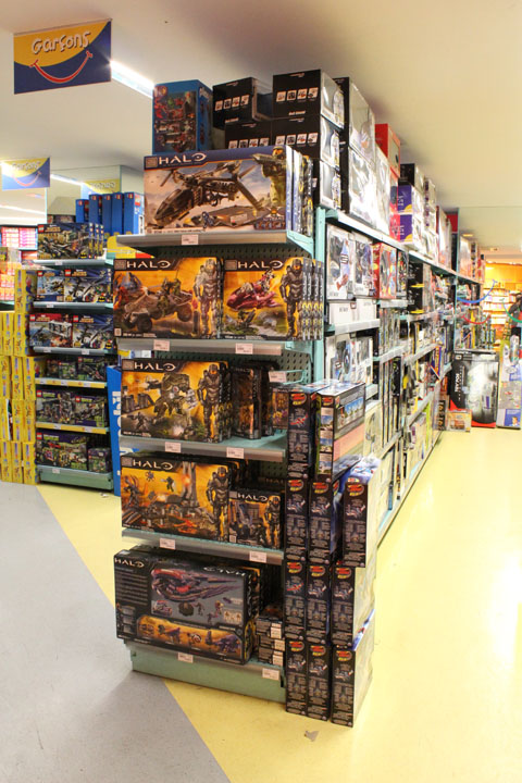 paris_toyshop_32.jpg