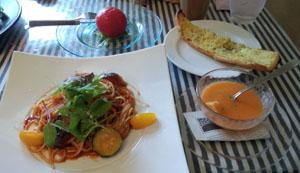 夏野菜のトマトソース パスタコース
