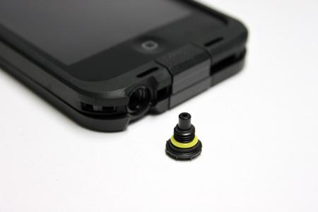 lifeproof_iphone5_10.jpg