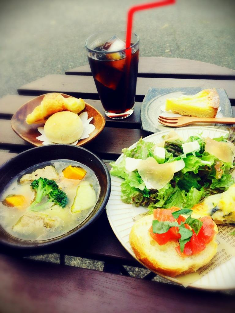 lunch1001.jpg