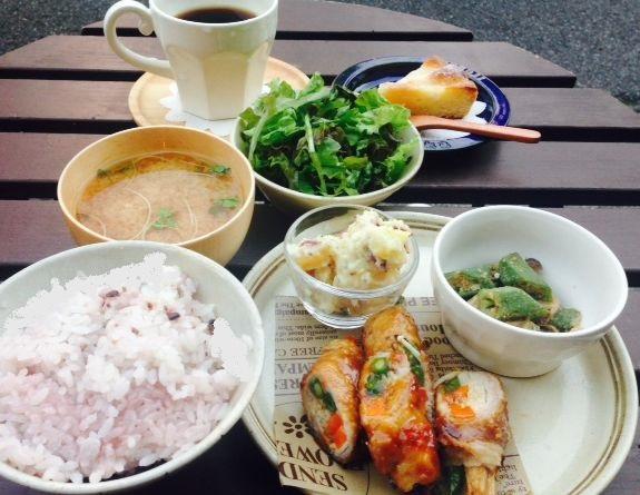lunch10061.jpg