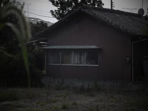 14091202a_R.jpg