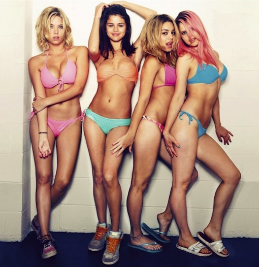 spring-breakers-girls-600x619.jpg