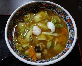 広東麺(醤油味) 750円(外税)