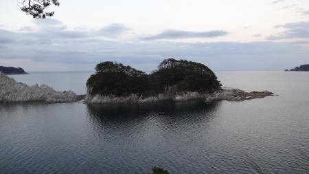 17:36 浄土ヶ浜
