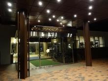 19:35 ホテル 入口