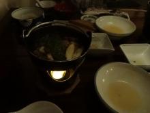 18:24 食べ終わる頃に、鴨鍋が出来ました。