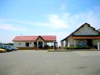 浜田トラックステーションの外観2