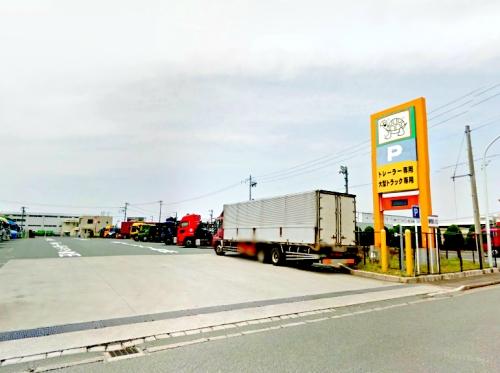 浜松トラックステーションの入り口
