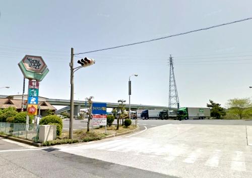 亀山トラックステーションの入り口