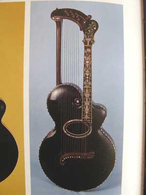 アールヌーボーギター16