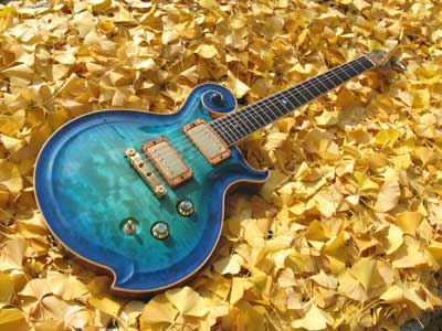 Blue-Guitar-08