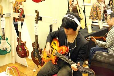 東京ハンドクラフトギターフェス2013-2-13