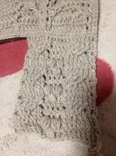 縄編みっぽいやつ。