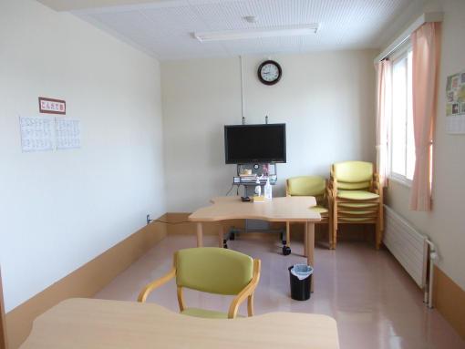 20140920_病院の食事スペース