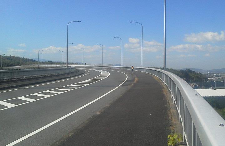 名阪国道上の大橋