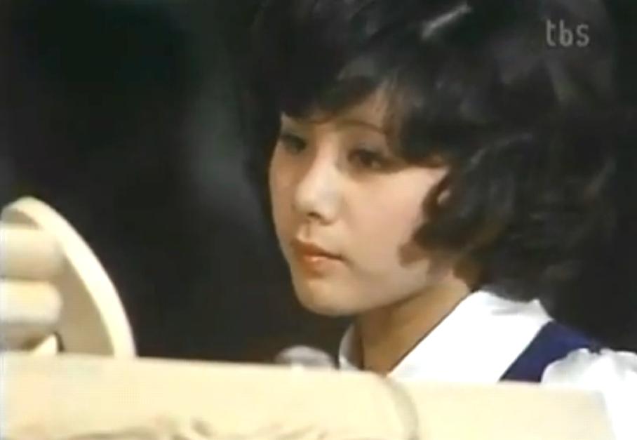 1972レコ大ピアノ