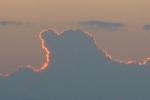 雲後ろに洛陽。