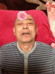 サトシさんにお花