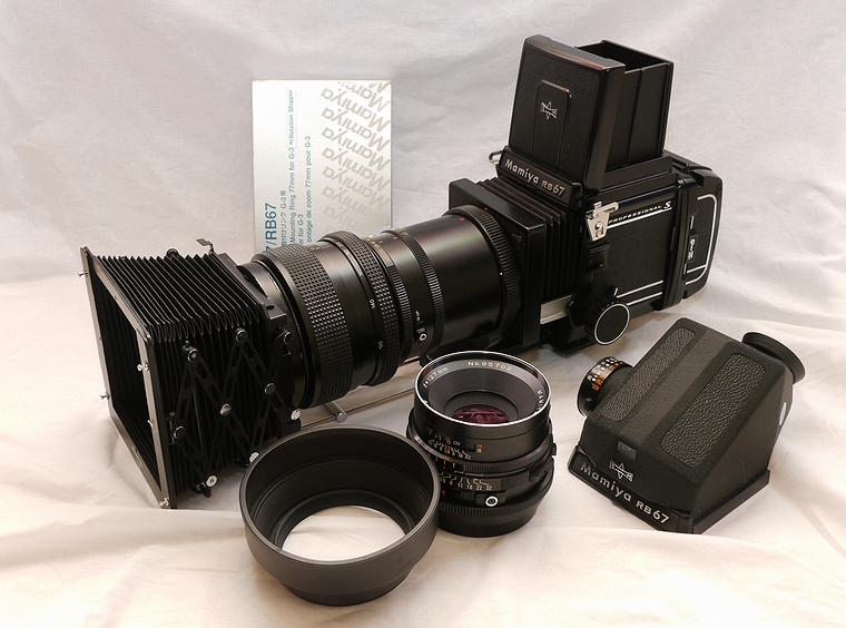 rb67100-2001.jpg