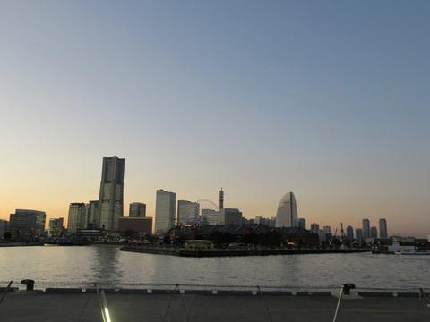 「TOWERS Milght(タワーズミライト)2014〜みなとみらい21 オフィス全館ライトアップ