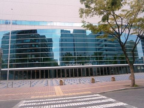 20130506-06 横浜アリーナ正面図