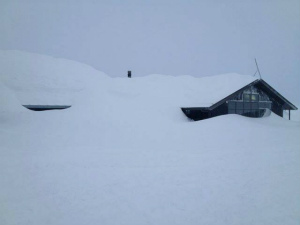 Mt-Hutt-NZ-21Jun13.jpg