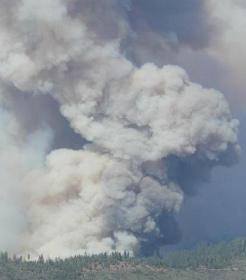 fire-activity-on-south-flank.jpg