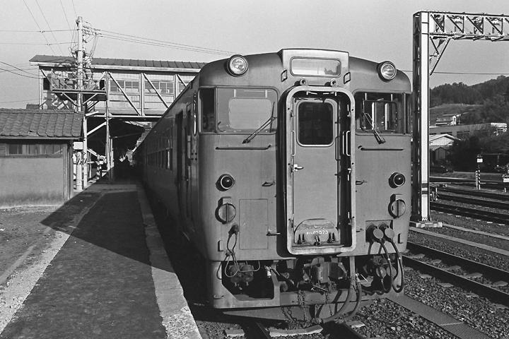 600324気仙沼駅_気仙沼線普通列車