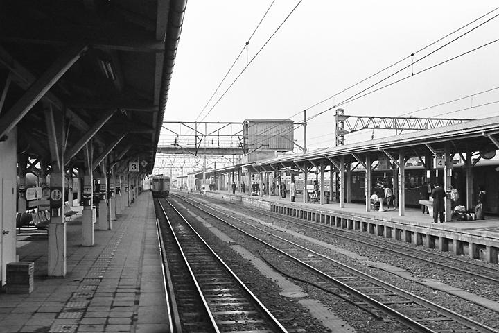 600325山形駅_左沢線普通列車2