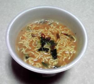 大人のスーパーカップ1.5倍 辛味噌ラーメン(カップ麺)