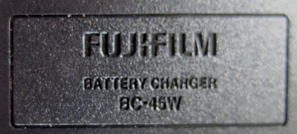 F300充電器
