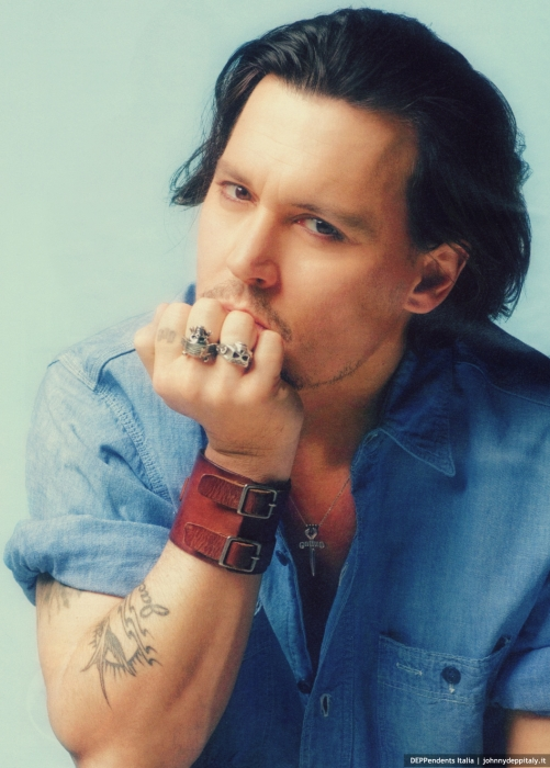 johnny-depp-aquaaskye.jpg