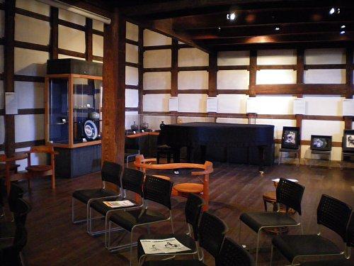 山崎茶店・大蔵1階