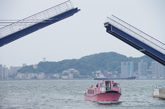 ブルーウイング門司(跳ね上げ橋)
