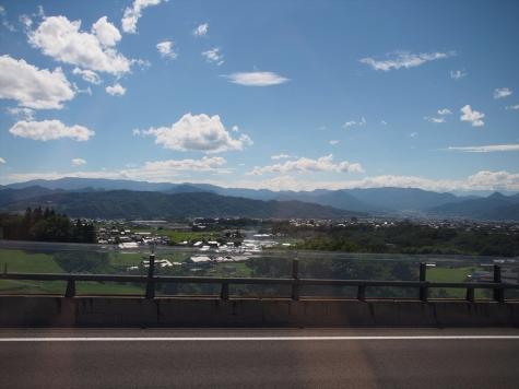 美ヶ原と周辺の山々【上信越道 上田市付近】