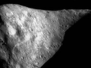 5月31日に黒いスライムに覆われた 小惑星「1998 QE2」が地球に接近