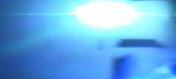 米アラバマ州の野外コンサート会場付近に隕石が落下爆発、激しい閃光に照らされる