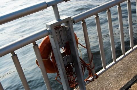 海に浮く津波シェルター開発